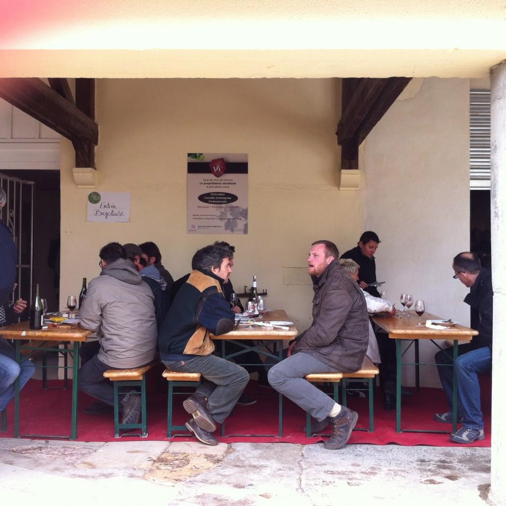 table extérieures biojolaise